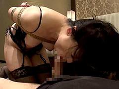 40代巨乳熟女を縛ってフェラ強要して調教するマニア系エロ動画