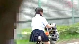 可愛い女子校生小西まりえが野外でレイプされるエロ動画