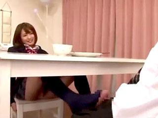 制服着たドSなJKの妹が義兄のチンコを手コキや足コキでイジメる動画