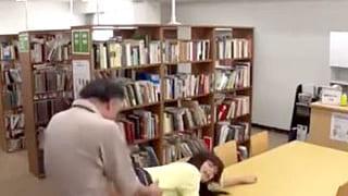 種付け許可証を持つオヤジがJDを襲いレイプするエロ動画