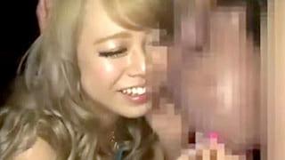 相葉レイカが謎の覆面男に大量にぶっかけられるエロ動画