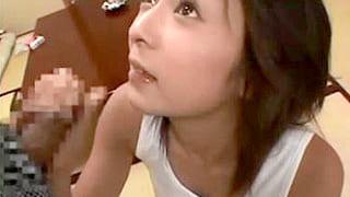 フェラ上手な素人美少女がフェラでザーメンごっくんするエロ動画