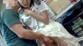 AVの面接で素人の女子大生を騙して即SEX撮影するエロ動画