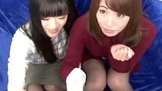 茨城でナンパした2人の素人女性を騙してデカチン男と乱交させる動画