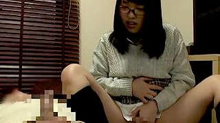 JKに憑依した童貞の男が自分の体に跨り初体験のSEXをする企画動画