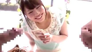 素人の激カワ女子大生とMM号で3Pセックスするエロ動画