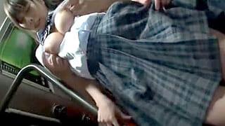 バスの車内で制服着た可愛い女子校生に痴漢し連行してセックスする動画