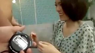 パチンコで負けた素人をナンパし金で釣ってセックスするエロ動画