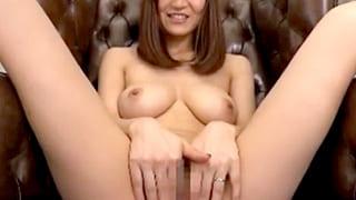 Gカップ巨乳でクビレもある美人の人妻がガチイキするエロ動画