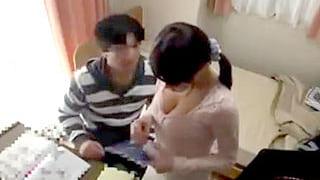 JDで巨乳の家庭教師を生徒が襲い強引にレイプし中出しする隠し撮り