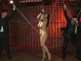 【澁谷果歩】アナルに鉄フックを刺して吊るしアナルが引き裂かれそうになる引き裂き拷問|おなコレ★シコれるアダルト動画