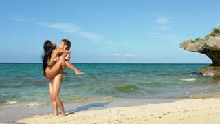 美巨乳美少女が南の島でSEX ON THE BEACH