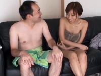 爆乳AV女優がファンの自宅を突撃訪問しHを楽しむエロ動画