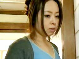 ヘンリー塚本-妻の姉妹までか連れ子の娘までも手を出す近親相姦のエロ動画です