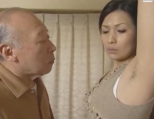 隣人のドS人妻が大家の爺さんを挑発し不倫SEXし捲る姿に興奮