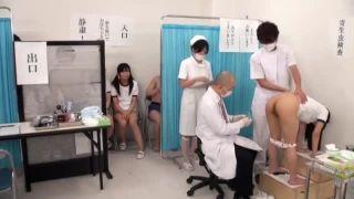 学校の定期健診で体操服JCがマンコやアナルまで検査されるエッチ動画