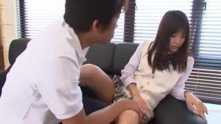 超ミニスカートの激カワ女子校生が凄くスケベなSEXしているエッチ動画