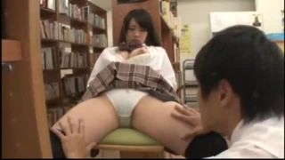 図書館でうっかり居眠りしちゃった優等生JKがマンコ悪戯されるレイプ動画
