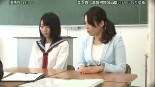 三者面談でJK娘と母親が担任にハメられる親子丼3Pエロ動画