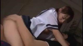 受験勉強で疲れて居眠りしているセーラー服JKが犯されるレイプ動画