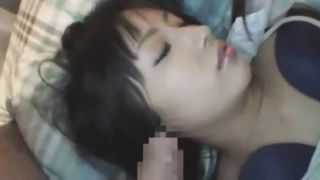 【夜這いレイプ】熟睡している巨乳ギャルにデカチン握らせ手コキから頬ずりw挿入で気付かれてもお構いなしで激パコだぁー|おなコレ★シコれるアダルト動画