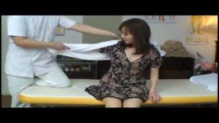 とある整体治療院おっとり美乳人妻が卑猥施術に発情しハメられる隠し撮り動画