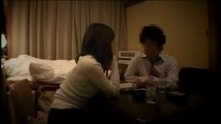 歌舞伎町ラブホ隠し撮りスレンダー人妻W不倫SEXで燃え上がってる盗撮動画