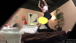 アキバの足踏みJKリフレで美脚娘のパンチラ隠し撮りした盗撮動画