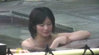 【覗き盗撮エロ動画】色白美乳がたまらない美少女☆鹿児島の露天風呂覗き隠し撮りしてきたのだw|おなコレ★シコれるアダルト動画